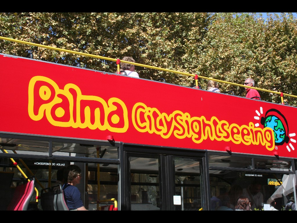 Sightseeing-Bus in Palma